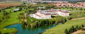 n016682_2050jan01_radisson-blu-hotel-outside_900x360
